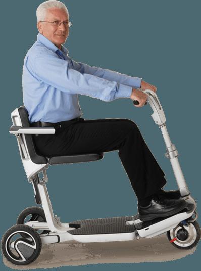 de ATTO kleine scootmobiel is uitstekend voor senioren